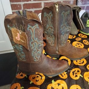 NWT Justin Boots